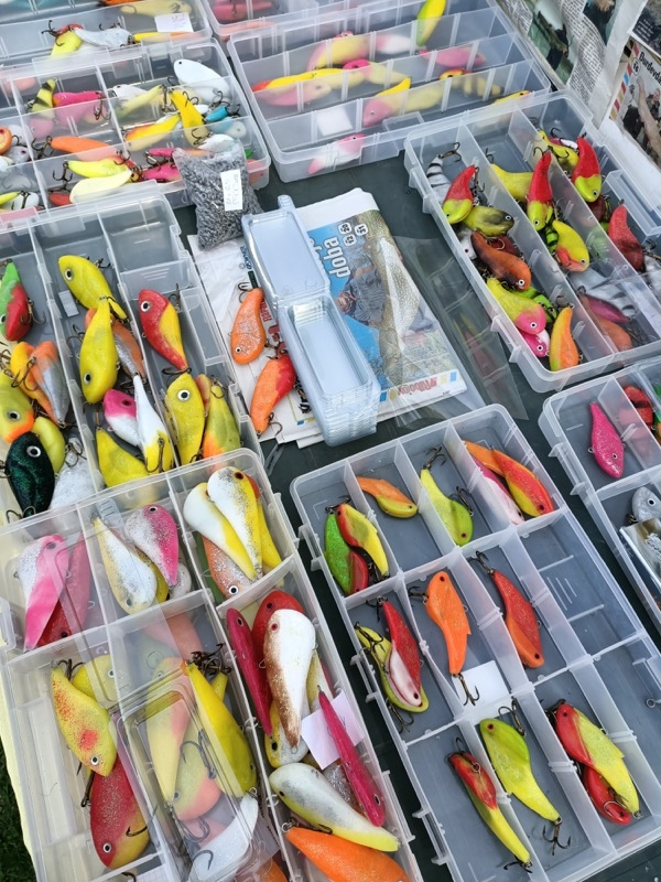 Demic Lures